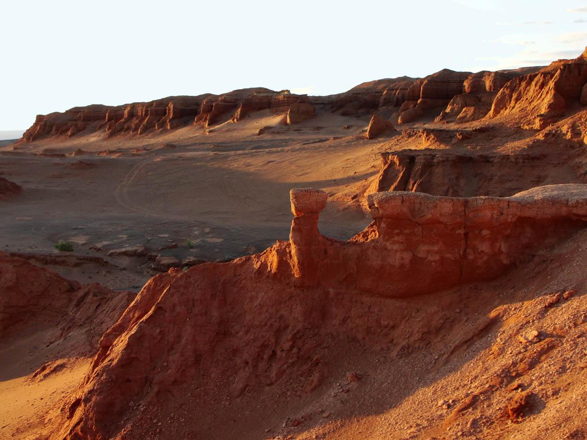 пустыня Гоби: каньон Хэрмен Цав