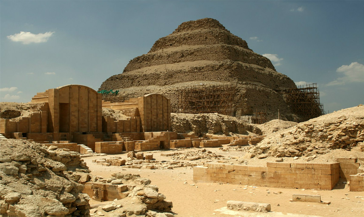 имхотеп джосер пирамиды древний египет: