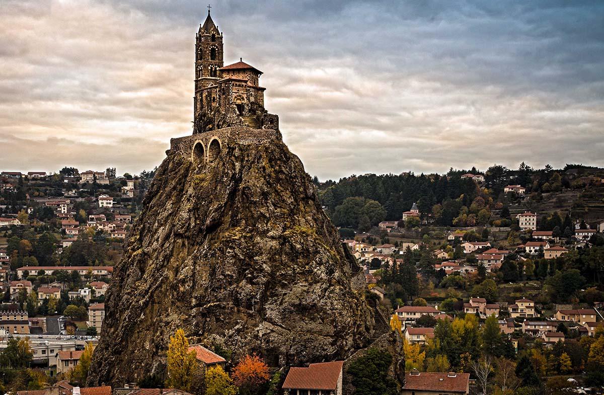 часовня Saint-Michel dAiguilhe, Франция