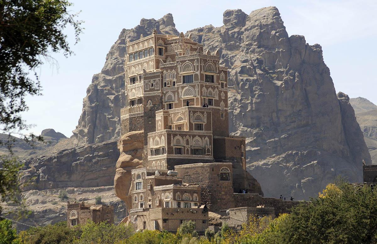 дворец на Скале - Дар аль-Хаджар, Йемен