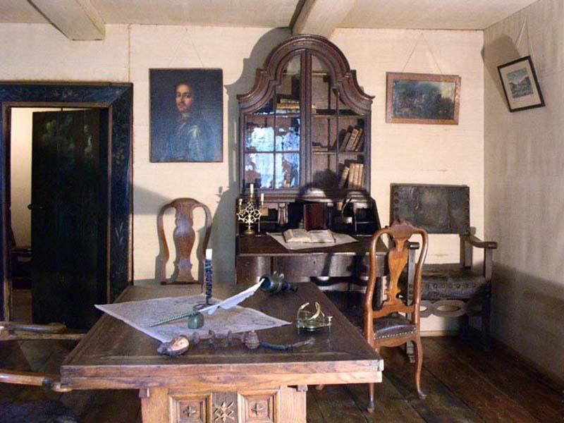 кабинет царя в домике Петра I