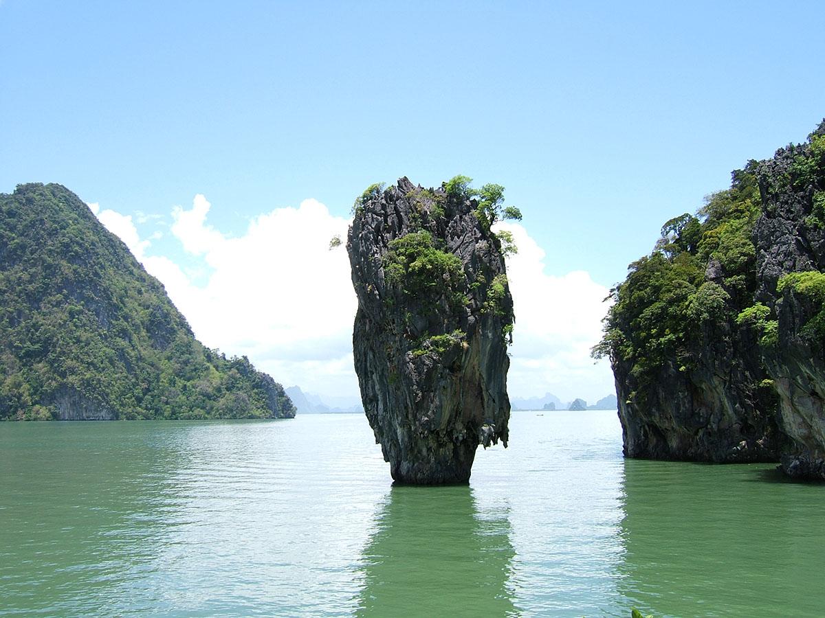 остров Джеймса Бонда, залив Пхенг-Нга, Таиланд