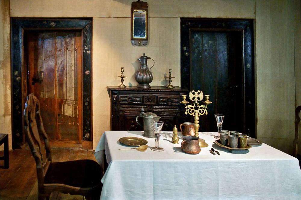 столовая в домике Петра I