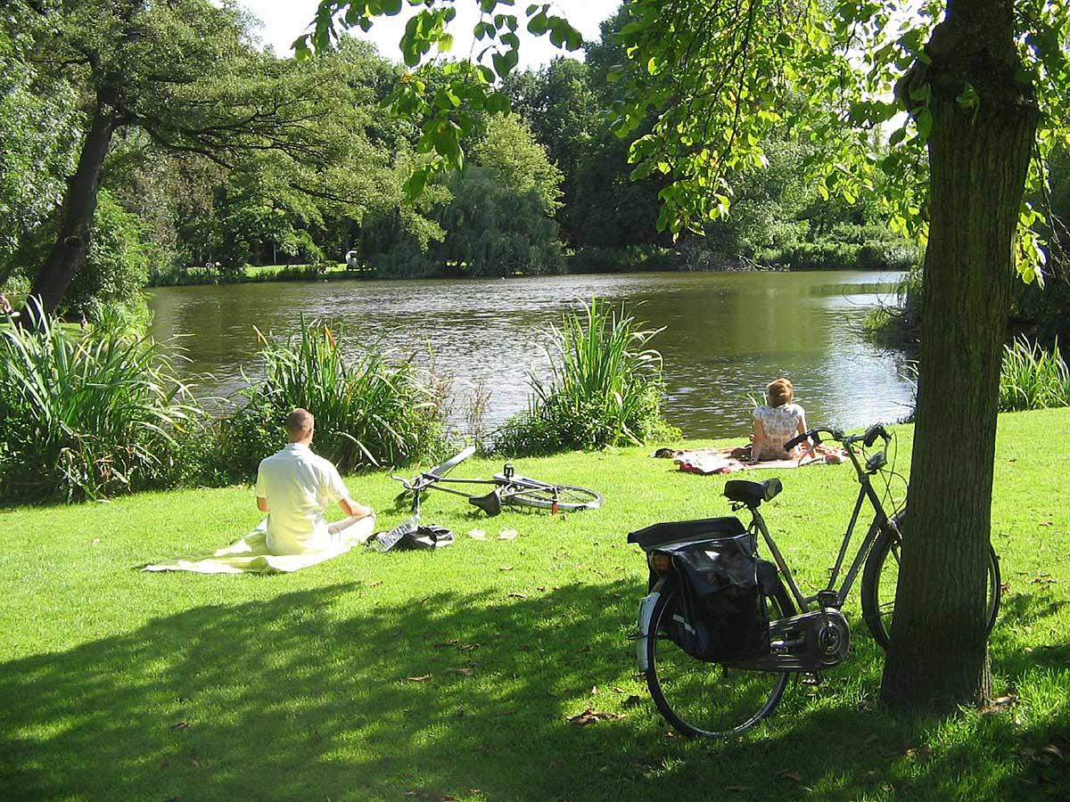 Vondelpark – парк в амстердаме