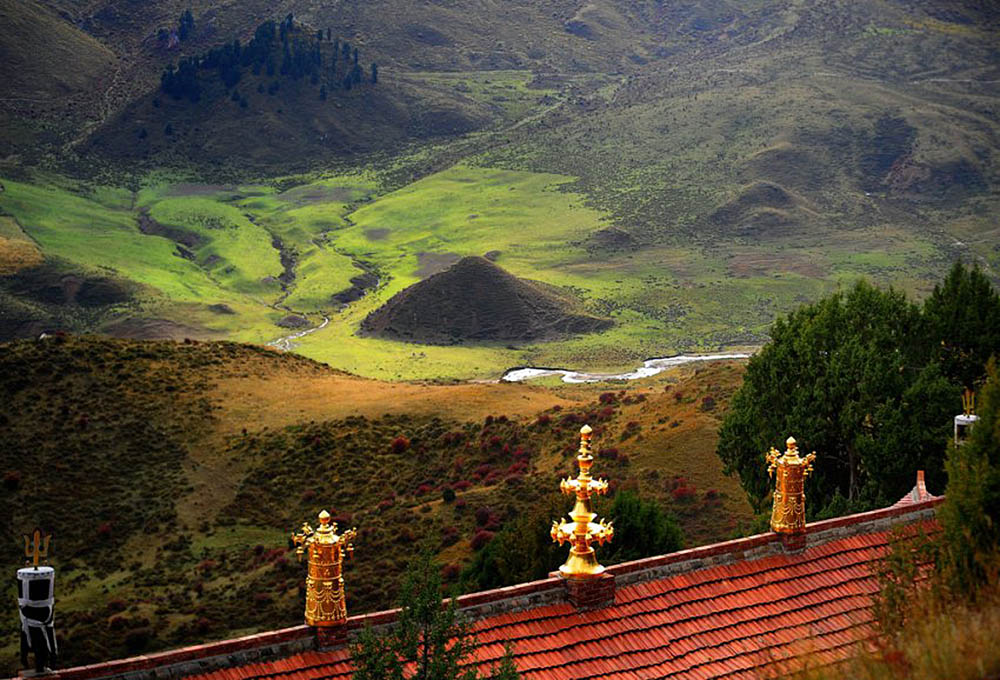 вид с Такцанг-лакханг на долину