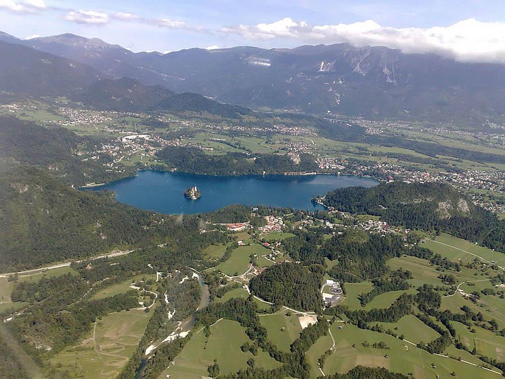 Бледское озеро, вид с высоты