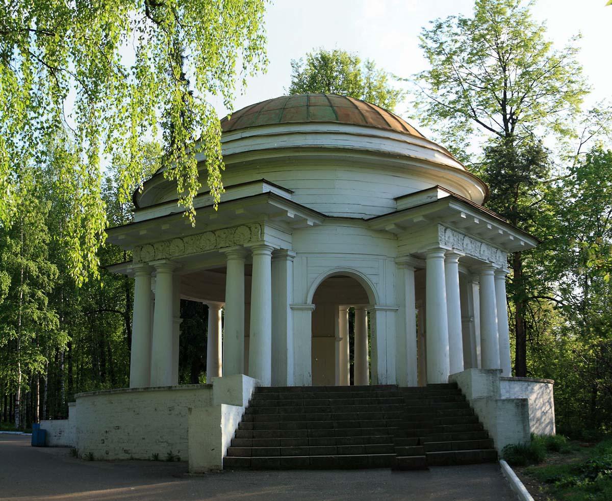 ротонда, Александровский сад, Киров
