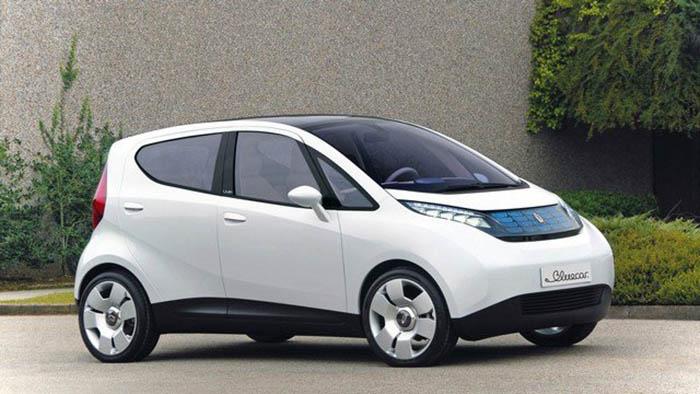 электромобиль Bluecar
