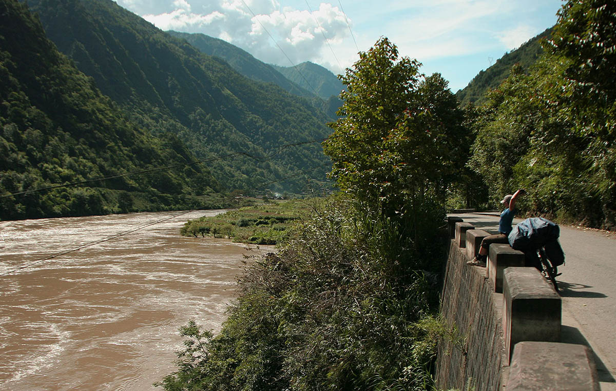 Три параллельные реки в китае янцзы