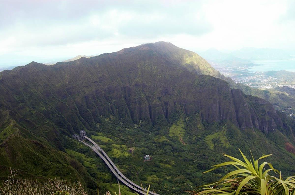 вид с лестницы Хайку, Оаху, Гавайи