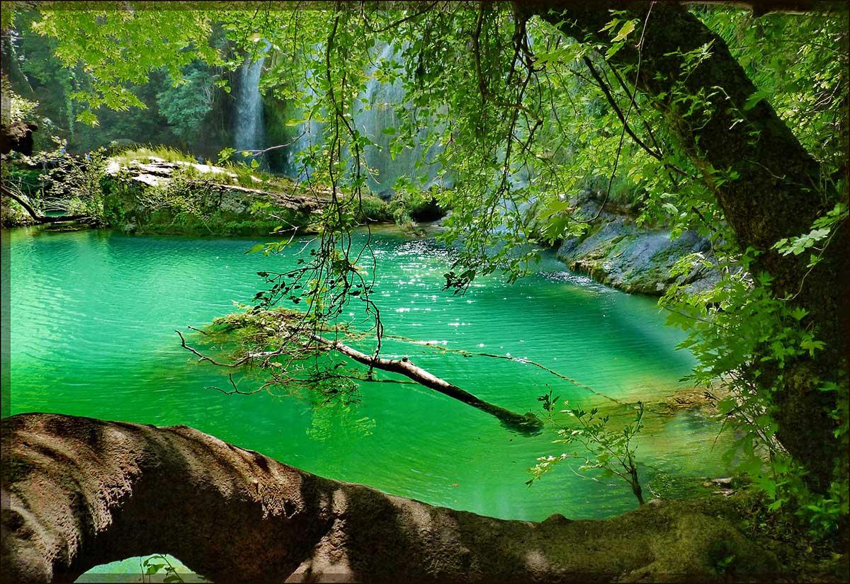 водопад Куршунлу в Турции
