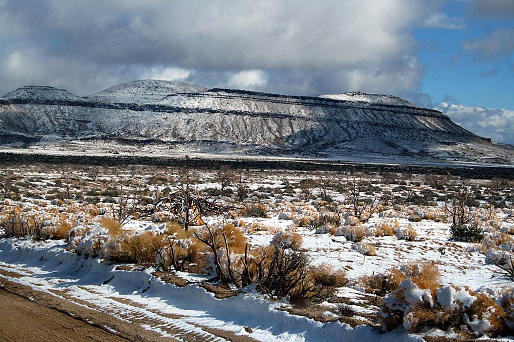заснеженная пустыня Мохаве