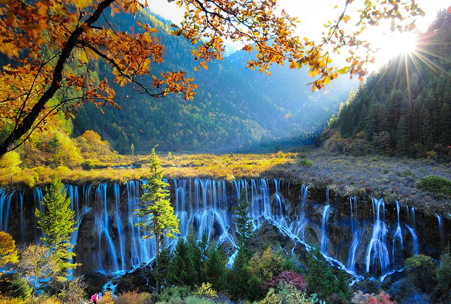 Jiuzhaigou Valley cascada