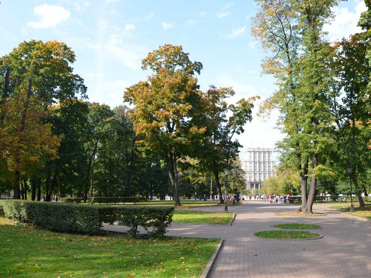 Лефортовский парк в Москве, Россия