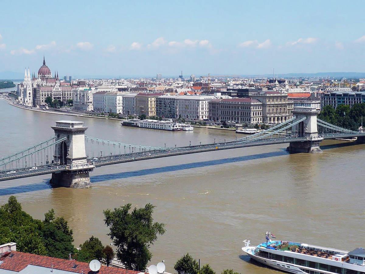 мост Сечени в Будапеште, Венгрия