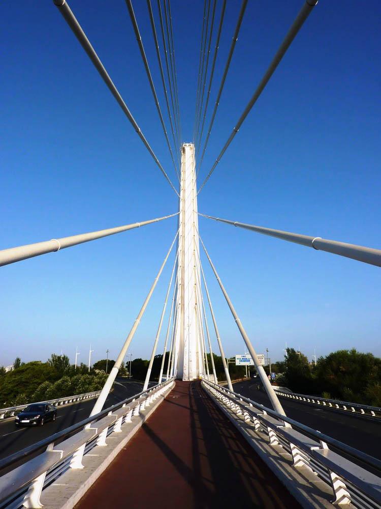 на мосту Аламильо