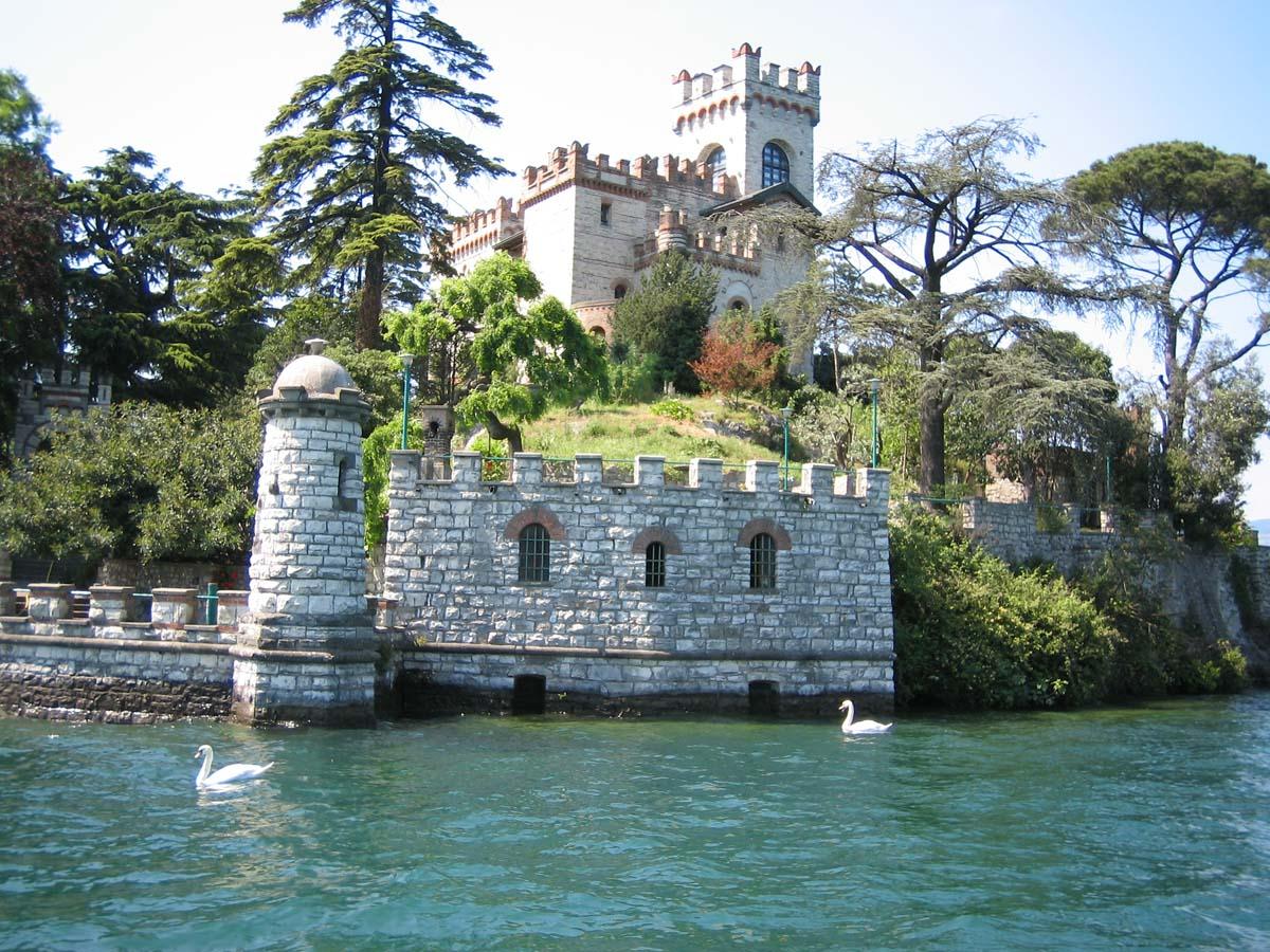 остров Лорето, озеро Изео, Италия