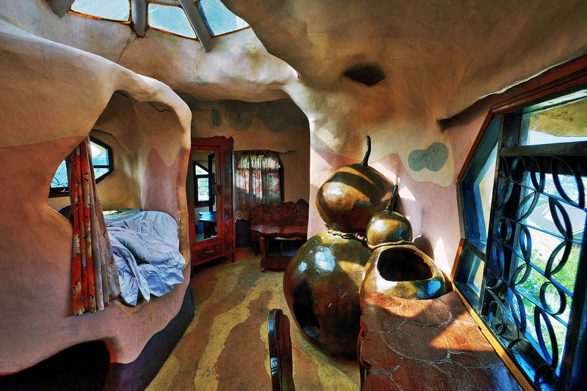 отель Crazy House в Далате