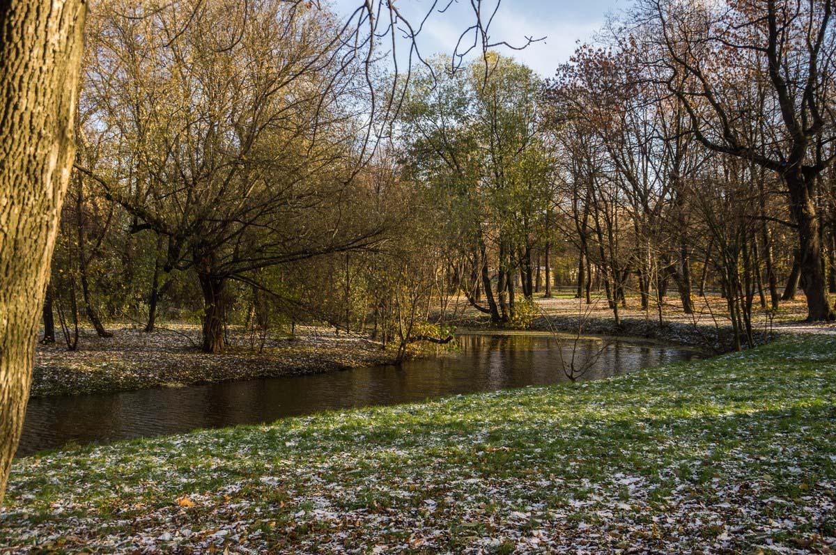 речка Таракановка в парке Екатерингоф, Санкт-Петербург