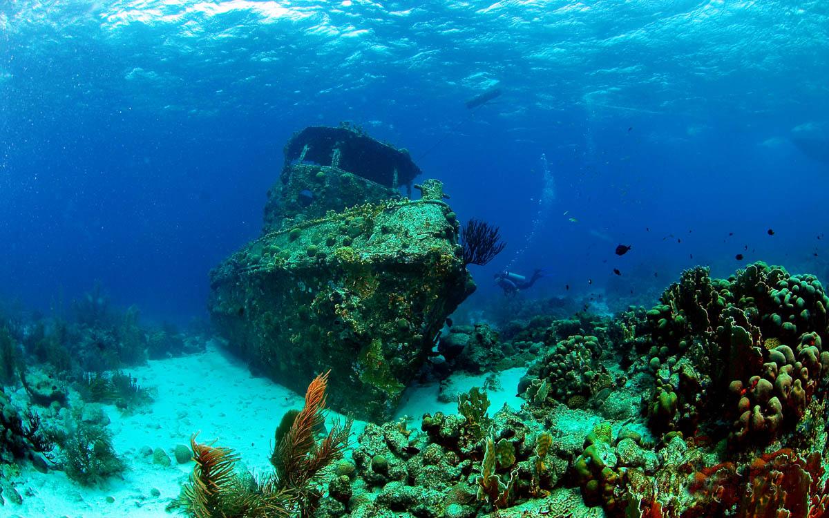 Curacao, wreck diving