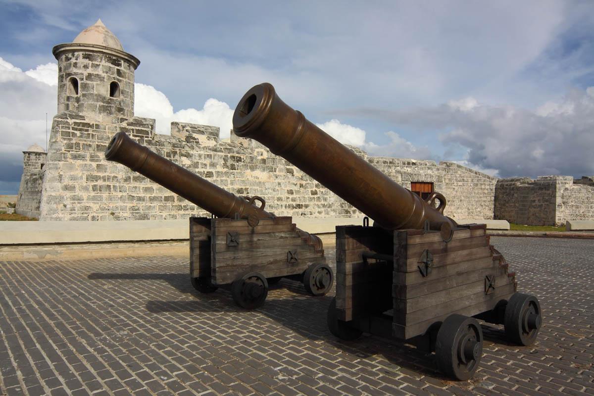 Крепость Ла-Кабанья в Гаване