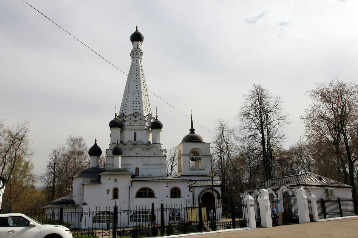 Покровская церковь, усадьба Медведково