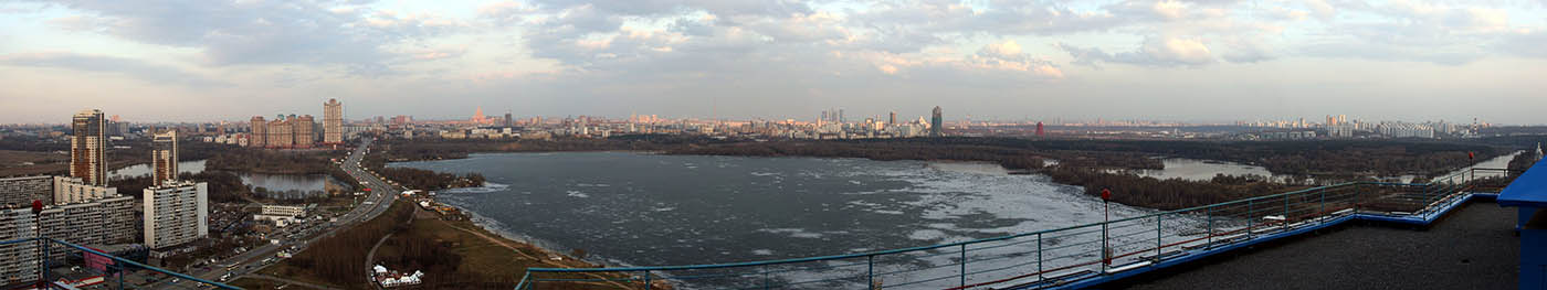 Строгинский залив (панорама)