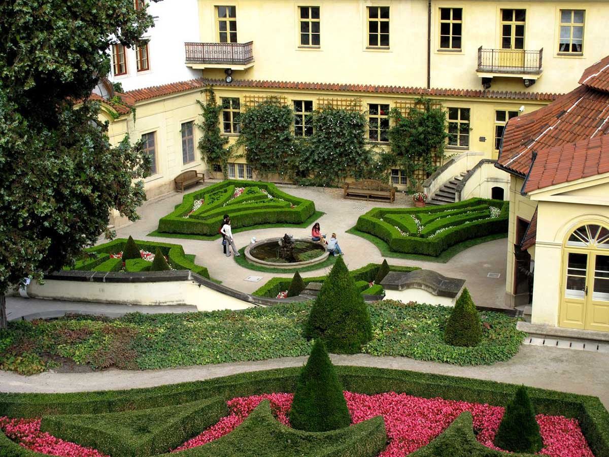 Вртбовский дворец и сад, Прага, Чехия