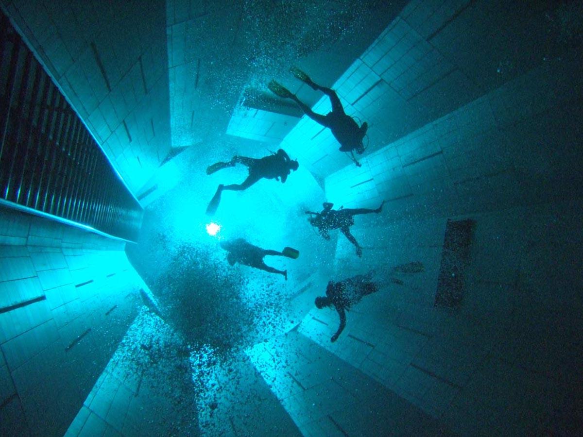 бассейн Nemo 33, Бельгия