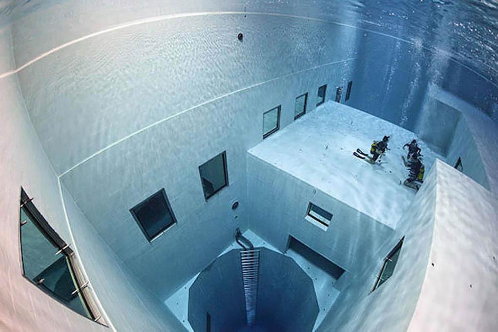 бассейн Nemo 33 в Бельгии