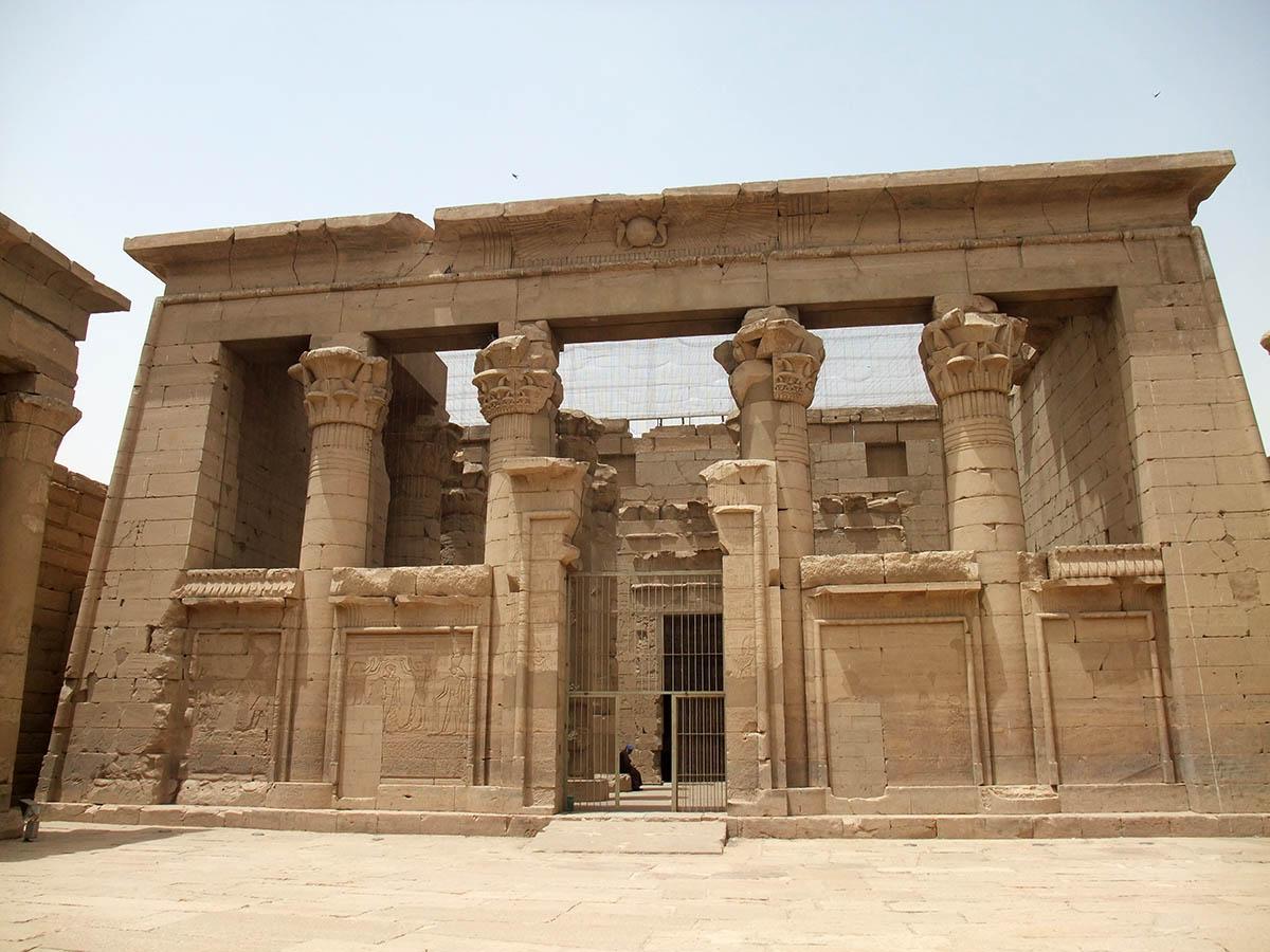 храм Калабша в Египте