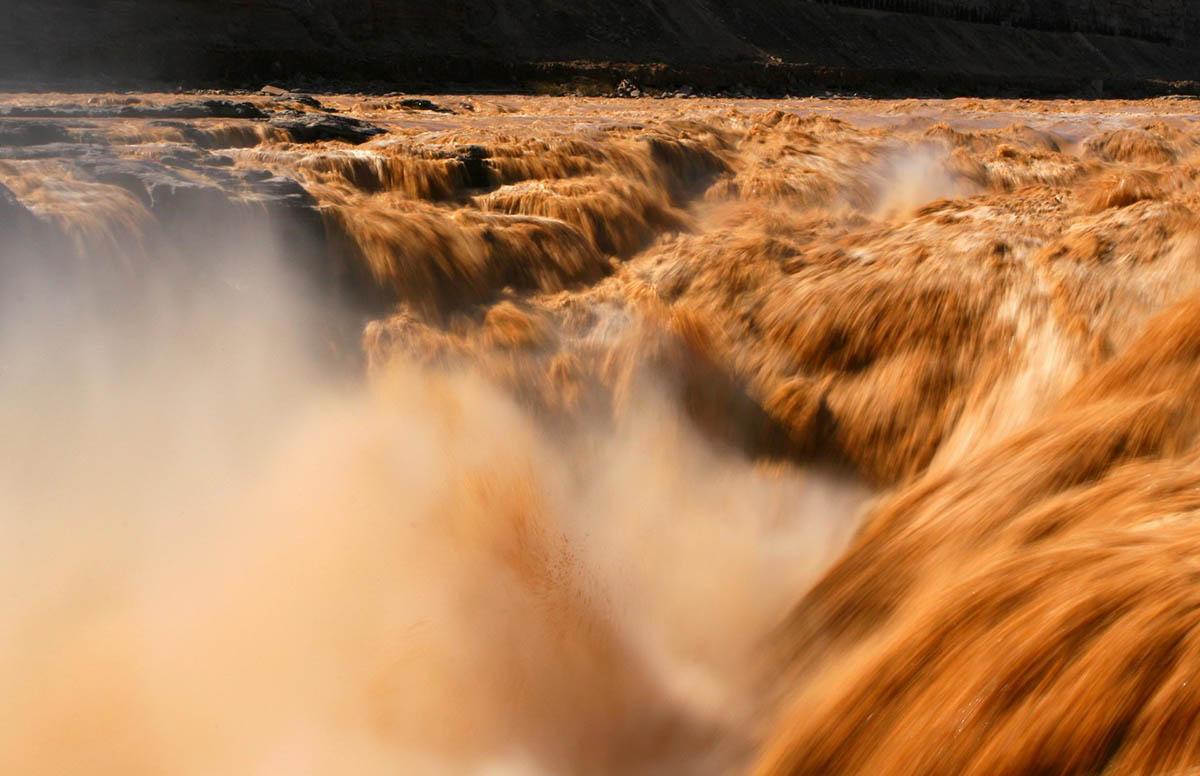 река Хуанхэ, водопад Хукоу