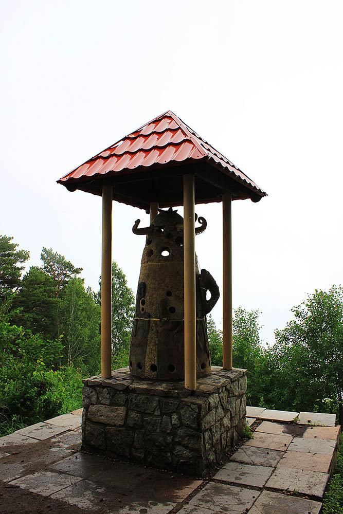 рогатый колокол на горе Церковка
