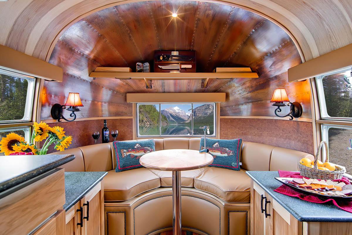 трейлерный отель Airstream Penthouse Park