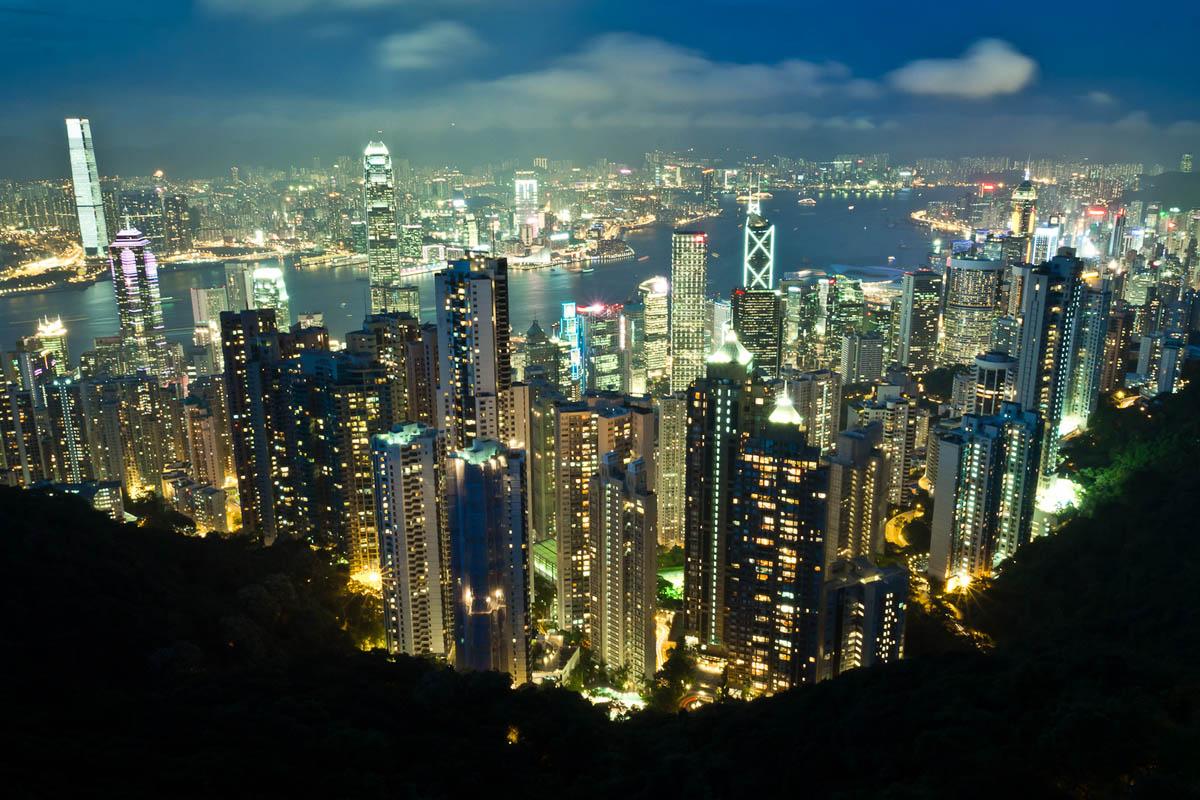 вечер в Гонконге