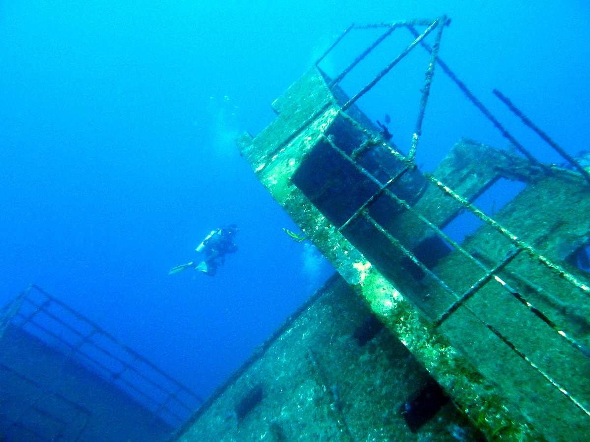 wreck diving, затонувший корабль