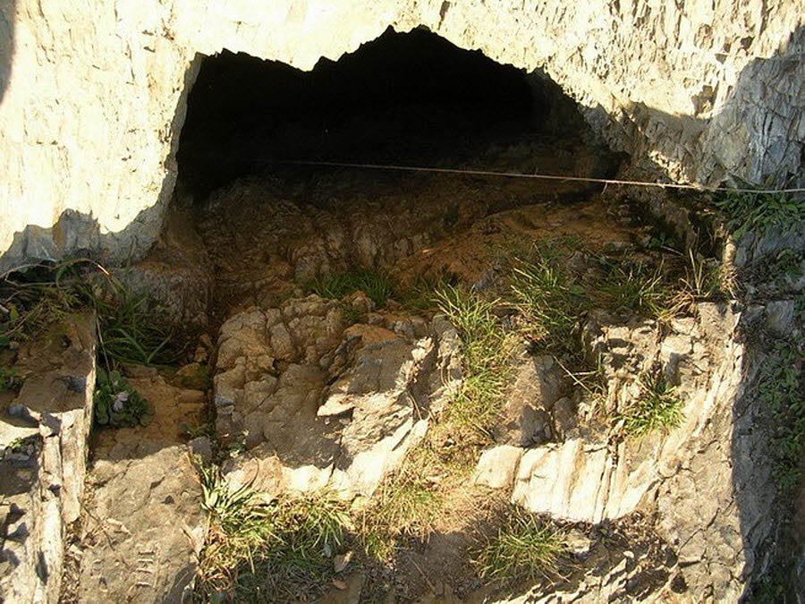 Барсуковая пещера