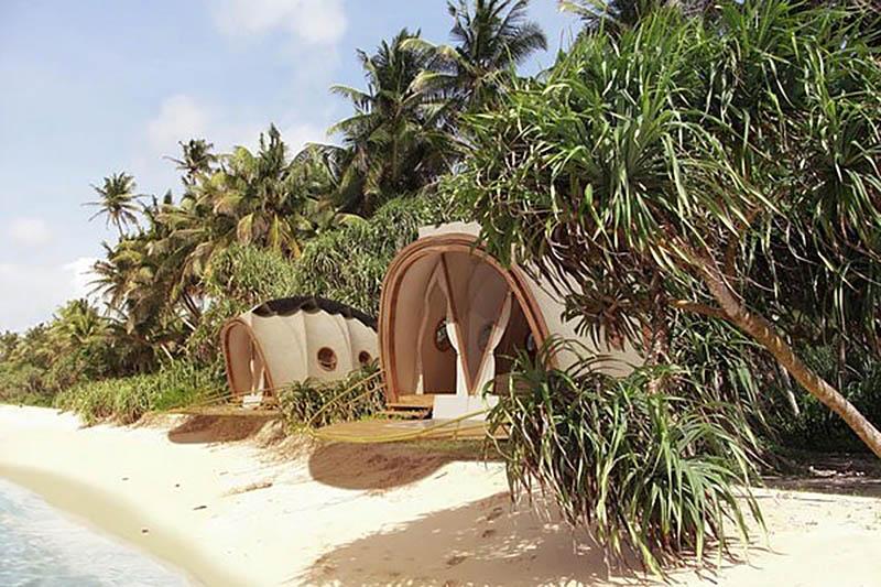 Looper Nomadic Resorts