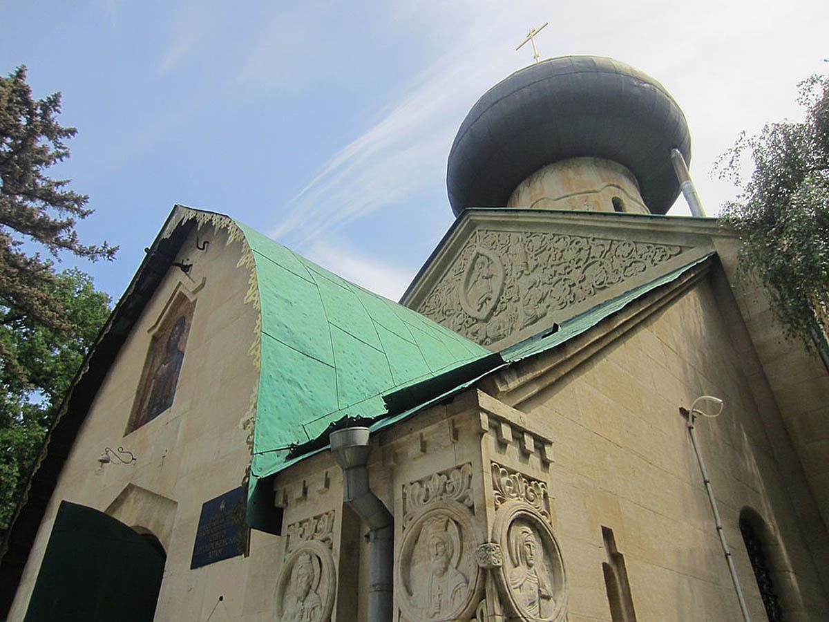 Натальевский парк, Спасо-Преображенская церковь