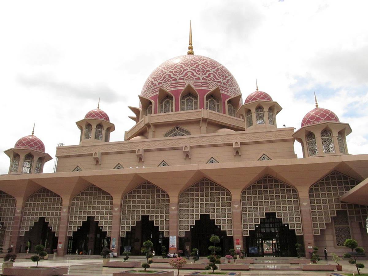 мусульманская мечеть в Путраджайя, Малайзия