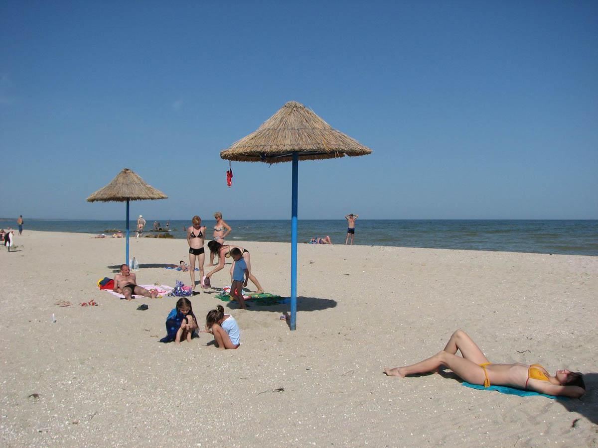 пляж на Бердянской косе Дальней
