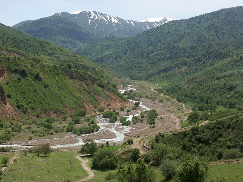 урочище Чаткал, Тянь-Шань, Узбекистан