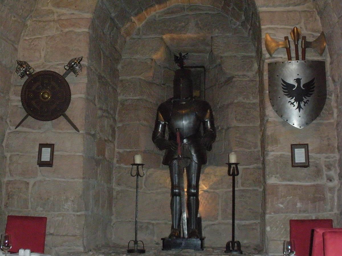 замок-отель Далхаузи в Шотландии
