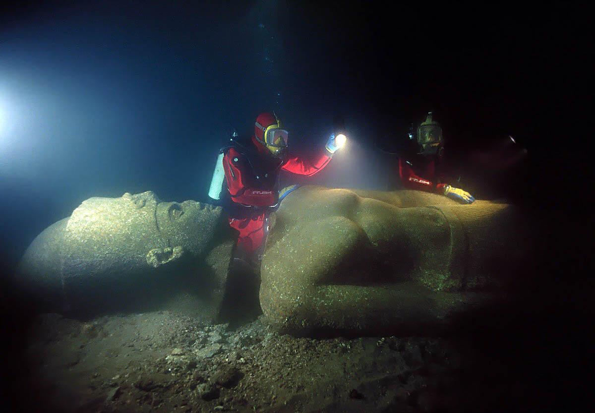 затонувший город Гераклион в Греции