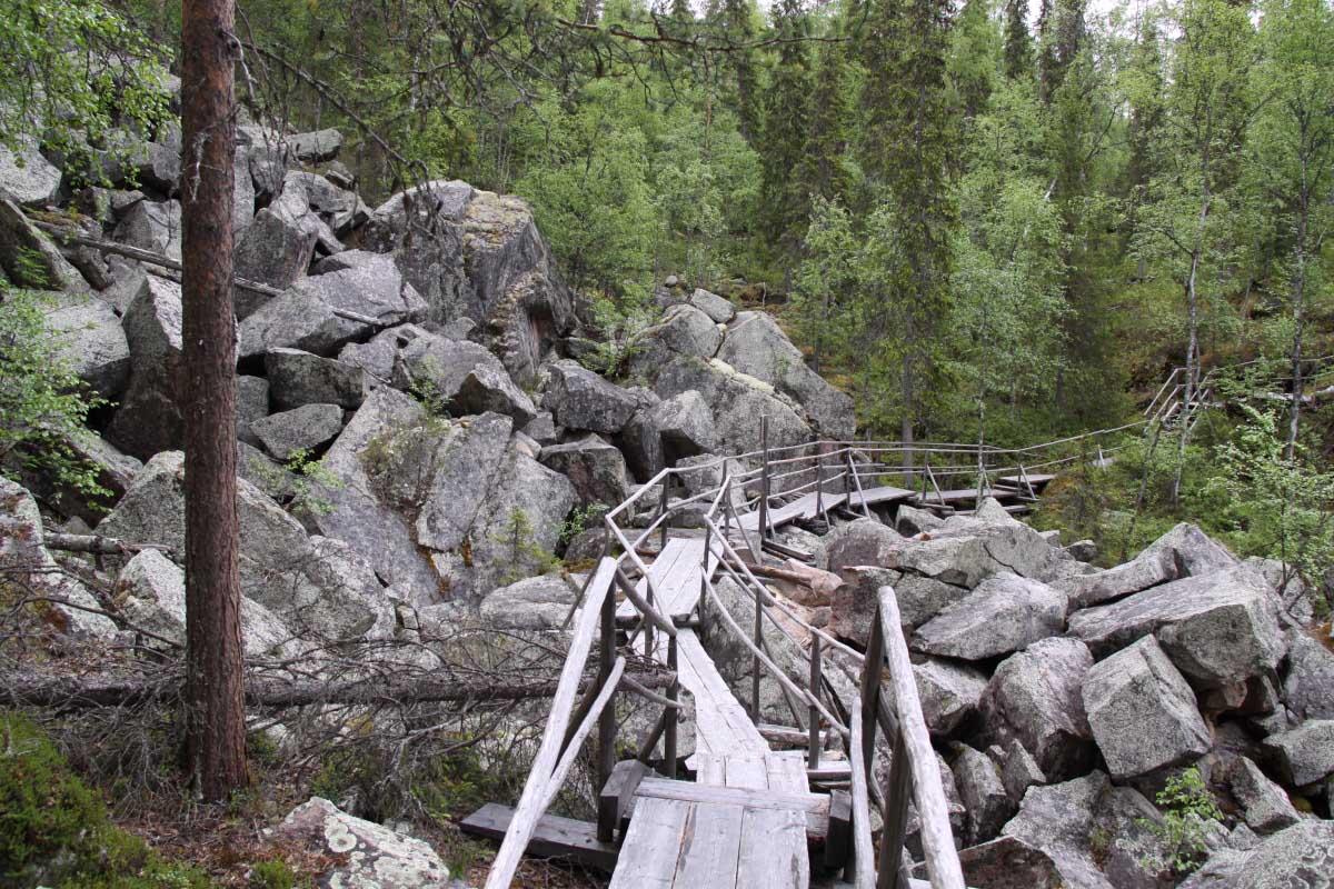 Auttik?ng?s Waterfall, Finland