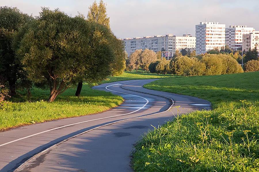 Муринский парк в Санкт-Петербурге