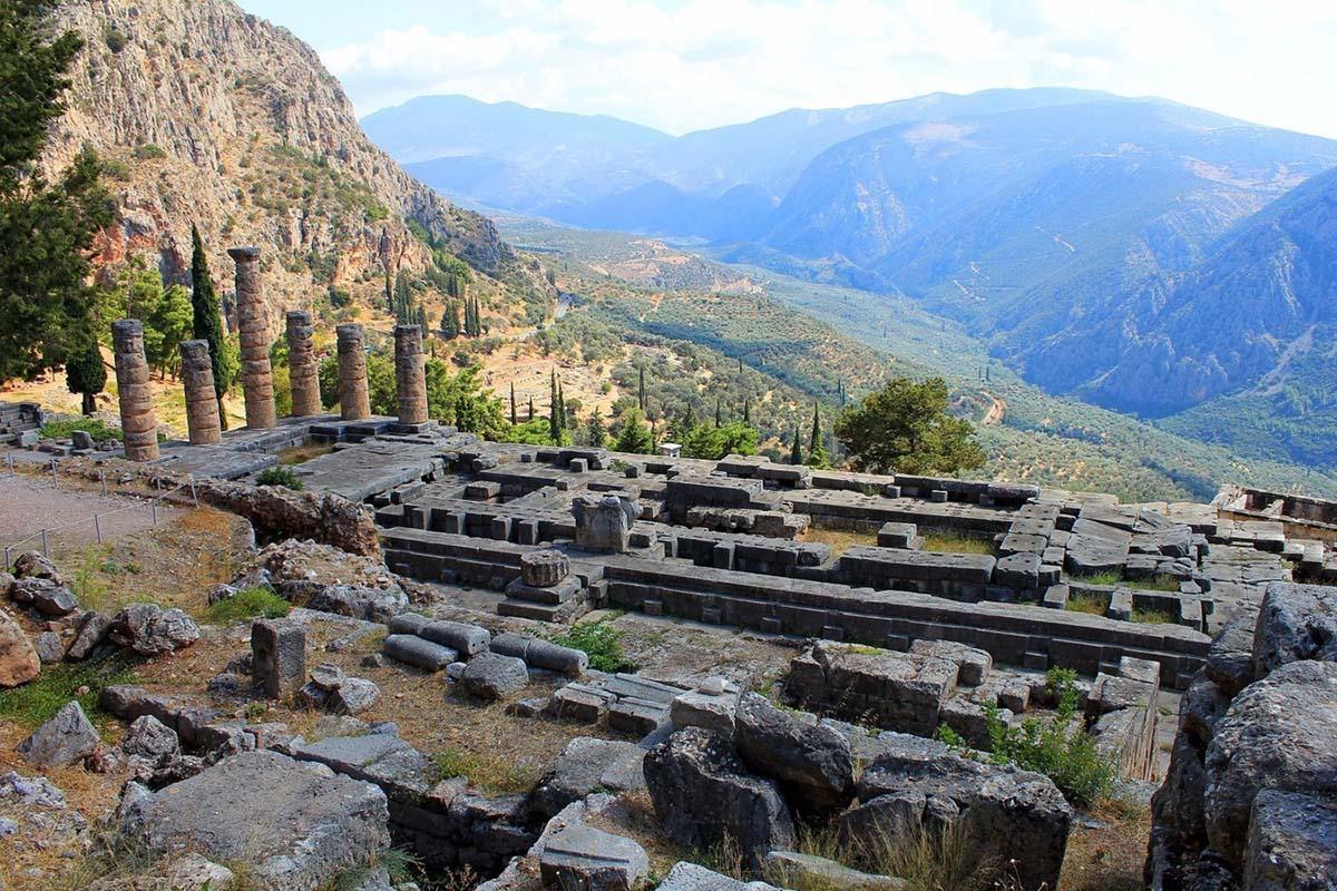 античные руины Дельфов, Греция