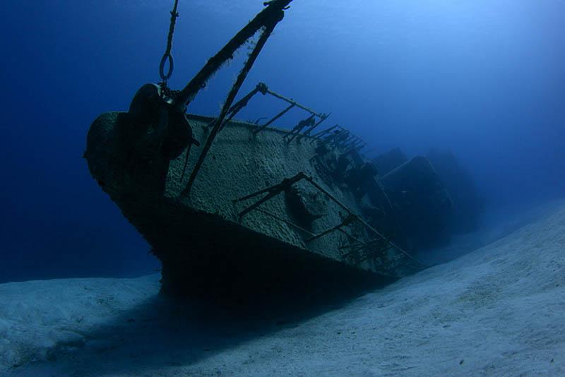 фрегат 356, остров Кайман-Брак