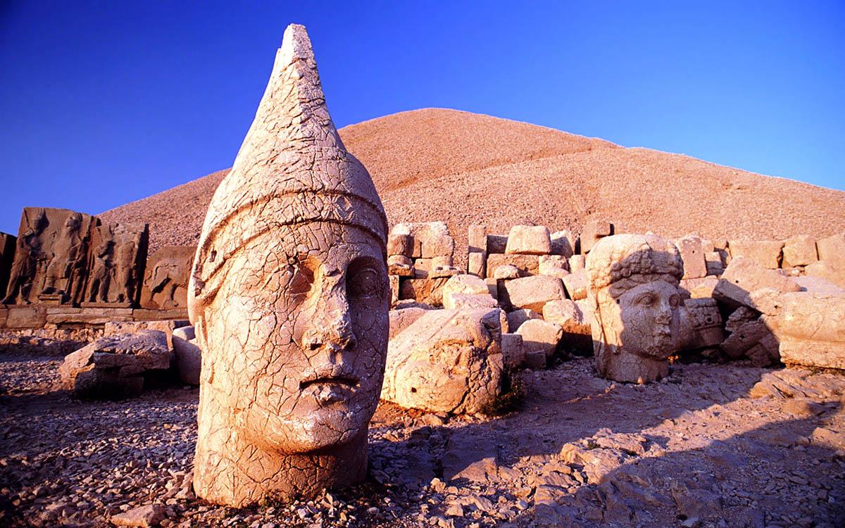 гора Немрут-Даг, Турция