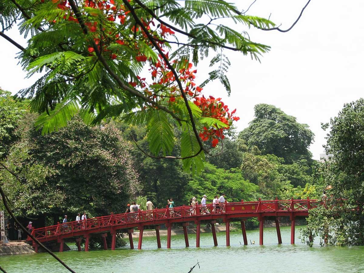 озеро Хоан Кием, Ханой, Вьетнам